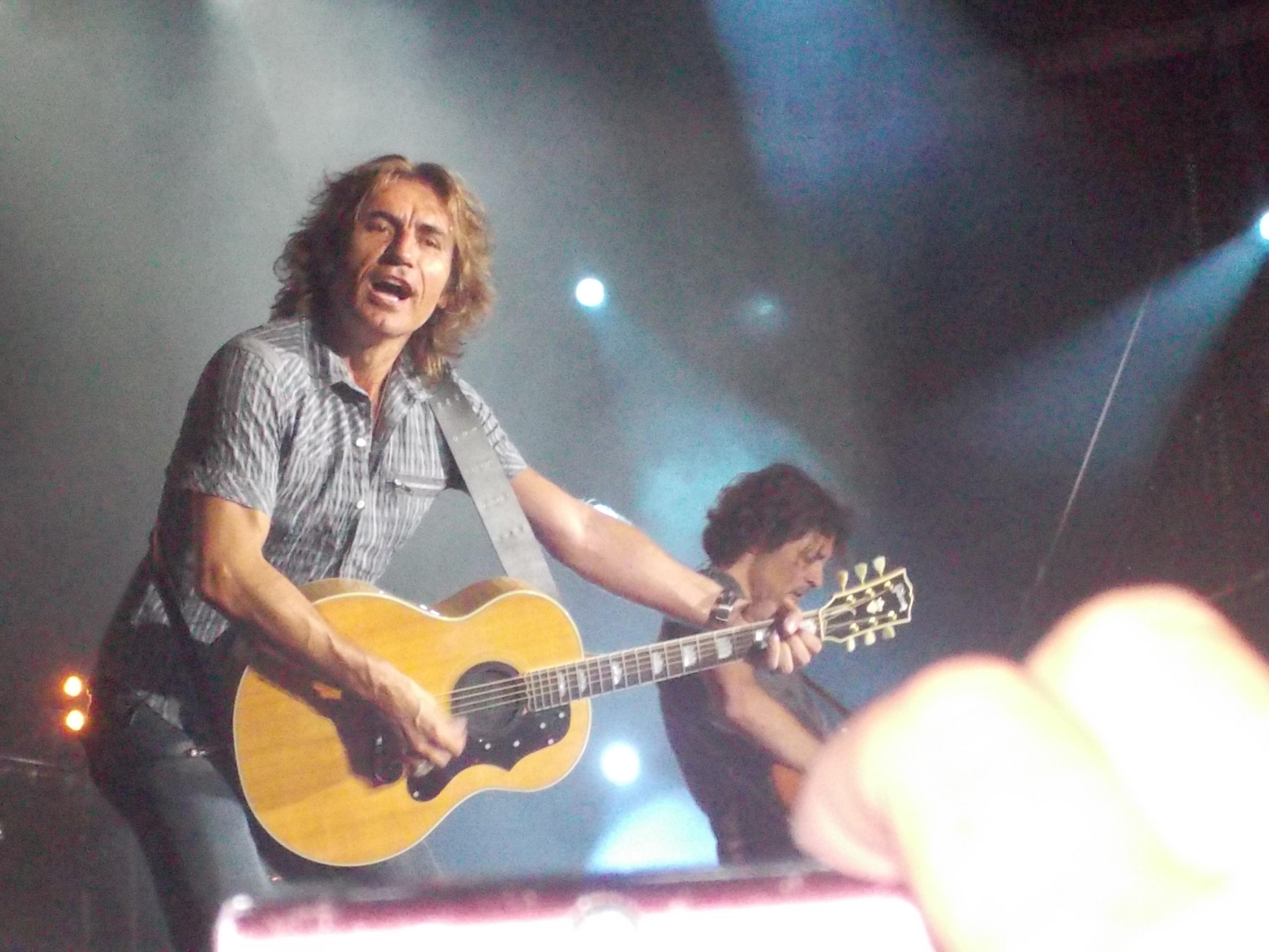 Luciano Ligabue – Sotto Bombardamento 2012, Rock in Locarno!