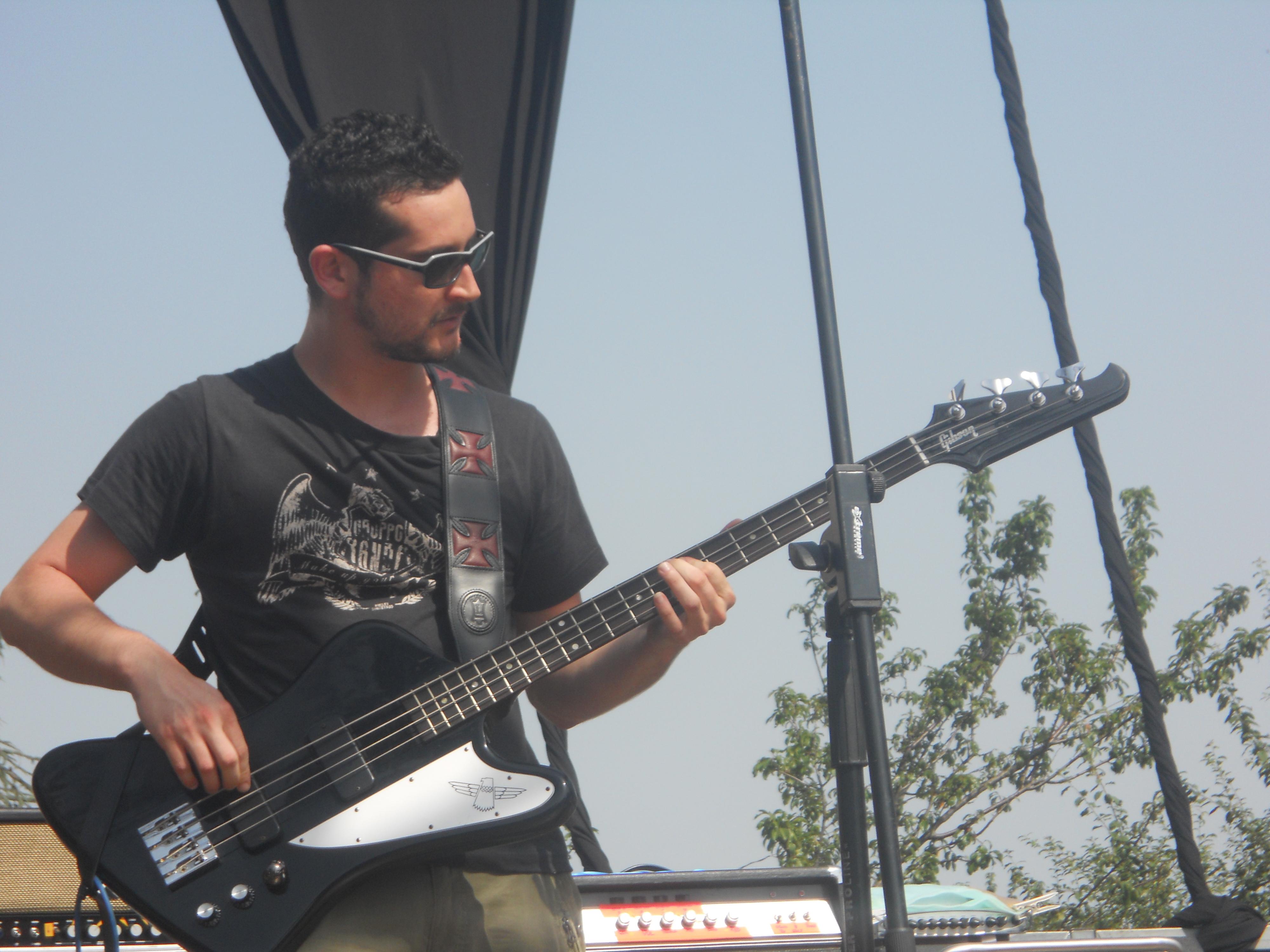 Conosciamo meglio il nuovo bassista dei Finley!