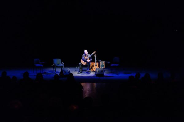 Roberto Fabbri aprirà il concerto di Franco Battiato a Torino
