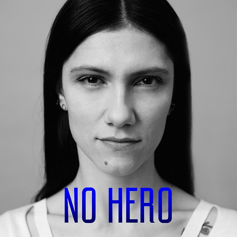 "Elisa torna a cantare in inglese con ""No Hero""!"