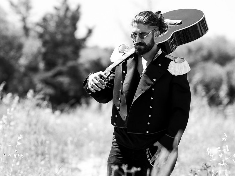Ballo Balcano, il nuovo video di Garibaldi