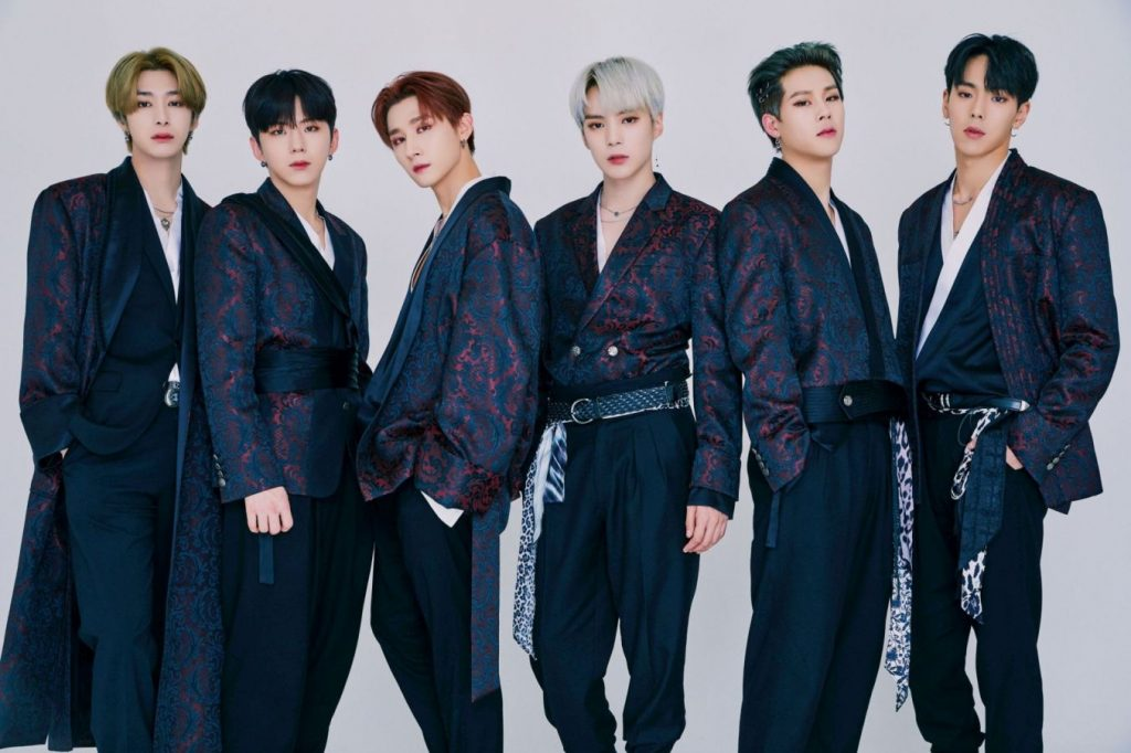 MONSTA X middle of the night