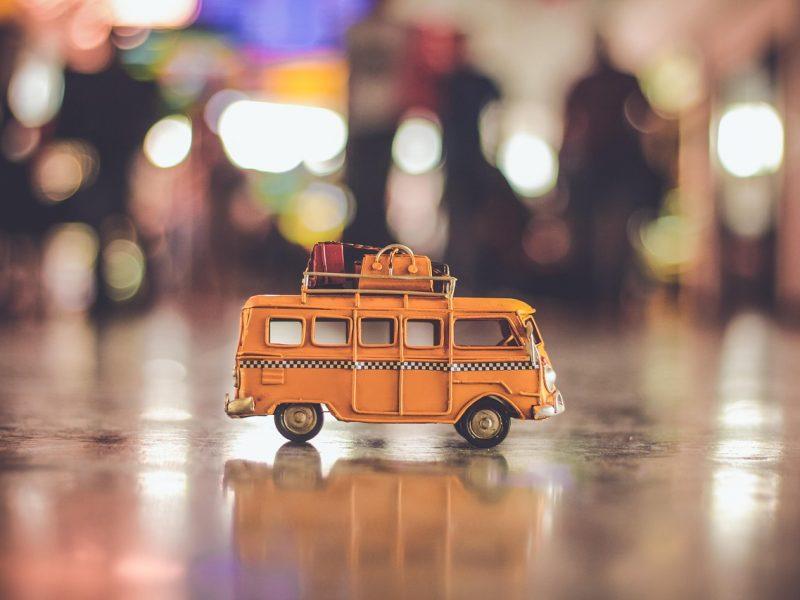 Vita da Tour Bus, il racconto di Silvia: «Non dimenticherò mai la puzza di piedi!»