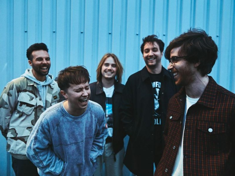 "Nothing But Thieves, in arrivo il nuovo album ""Moral Panic"""